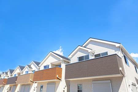 Photo pour Newly built house image - image libre de droit