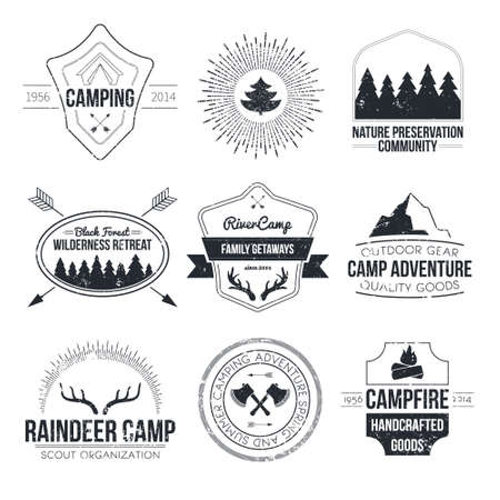 Illustration pour Set of vintage camping and outdoor activity logos. Vector logotypes and badges with forest, trees, mountain, campfire, tent, antlers. - image libre de droit