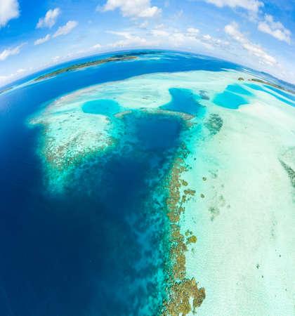 Photo pour Aerial view Banyak Islands Sumatra tropical archipelago Indonesia, Aceh, coral reef white sand beach. Top travel tourist destination, best diving snorkeling. - image libre de droit