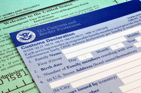 Arriving in the USA: Customs forms at border point of entry