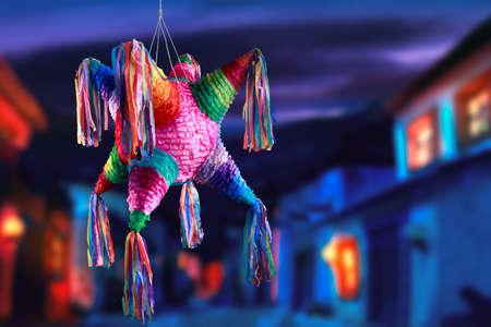 Photo pour Colorful mexican pinata used in birthdays - image libre de droit