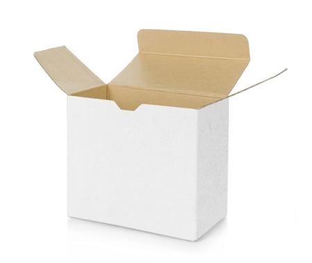 Photo pour empty opened brown cardboard box - image libre de droit