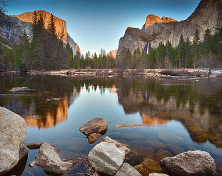 View of Yosemite Valley from