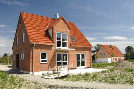 Foto de newly built house in construction - Imagen libre de derechos