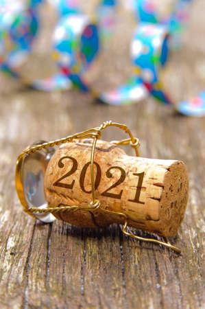 Photo pour Champagne cork with year date 2021 - image libre de droit
