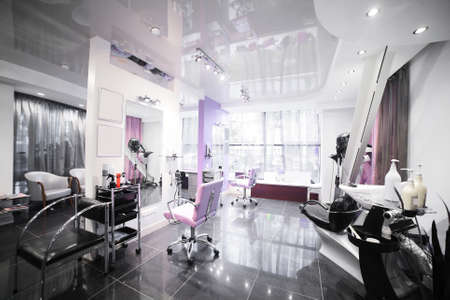 Photo pour brand new interior of european beauty salon - image libre de droit