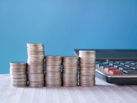 Photo pour stacks of coins on background, business money and coin - image libre de droit