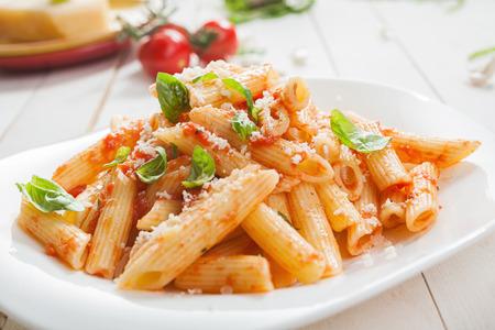 Foodandmore140800024