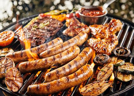 Foodandmore170300223