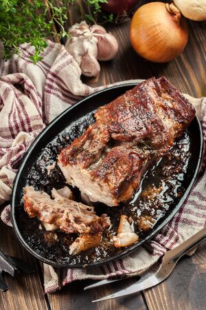 Photo pour Still hot baked pork belly or bacon. Roasted meat - image libre de droit
