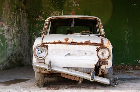 An ancient car ready for junkyard