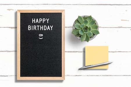 Foto de letter board with message happy birthday on wooden background - Imagen libre de derechos