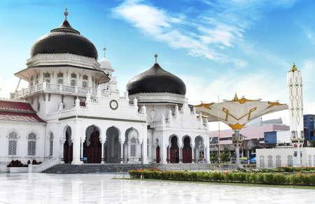 Photo pour Baiturrahman Grand Mosque, Banda Aceh - image libre de droit