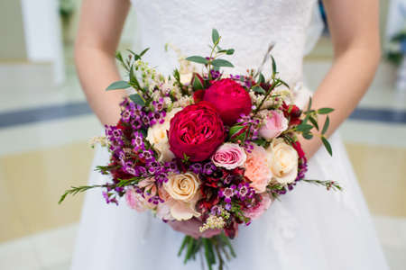 Foto de Beautiful wedding bouquet - Imagen libre de derechos