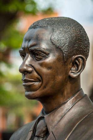 statue of President Barack H. Obama