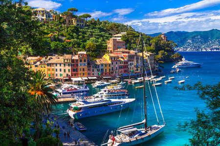 Foto de Traditional colorful houses and sea, Portofino, Liguria, Italy. - Imagen libre de derechos