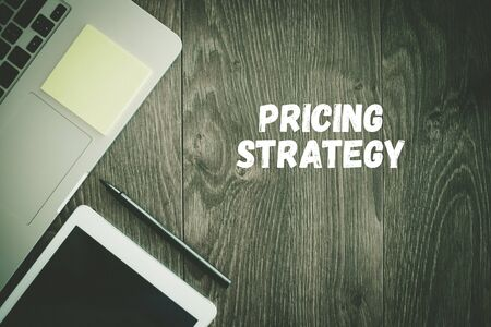 BUSINESS WORKPLACE TECHNOLOGY OFFICE PRICING STRATEGY CONCEPT