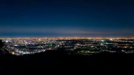 Photo pour Night View See from Mt. Takao's Observery - image libre de droit