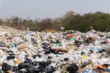 Photo pour Nong Bua Lam Phu  province, THAILAND. February 5 2019. Waste from household in waste landfill. Waste disposal in dumping site in THAILAND - image libre de droit