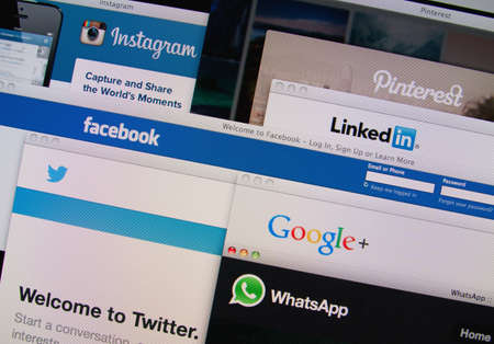 Photo pour LISBON, PORTUGAL - MARCH 13, 2014: Photo of Pinterest, Twitter, Facebook, Google+, Linkedin, Whatsapp and Instagram homepage on a monitor screen. - image libre de droit
