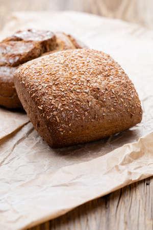 Foto für Bread background, top view of, black and rye loaves on black. - Lizenzfreies Bild
