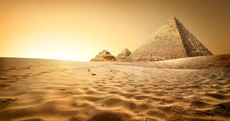 Photo pour Egyptian pyramids in sand desert and clear sky - image libre de droit
