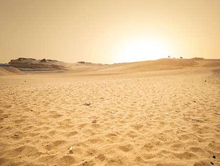 Photo pour Sandy desert in Egypt - image libre de droit