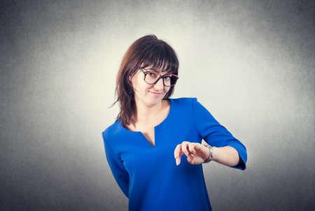 Photo pour Casual pretty brunette girl closeup - image libre de droit