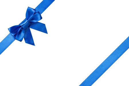 Photo pour Blue ribbons with bow with tails isolated on white background - image libre de droit
