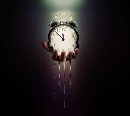 Photo pour Time is running out - image libre de droit