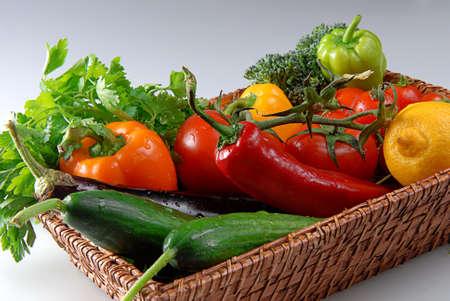 Photo pour Fresh Vegetables in the Basket for Healthy Life - image libre de droit
