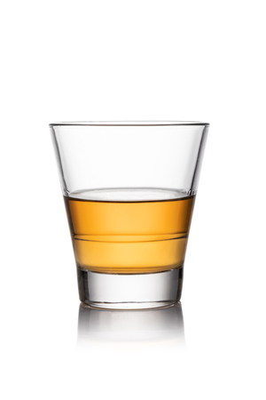 Photo pour iGlass of whisky isolated white background - image libre de droit