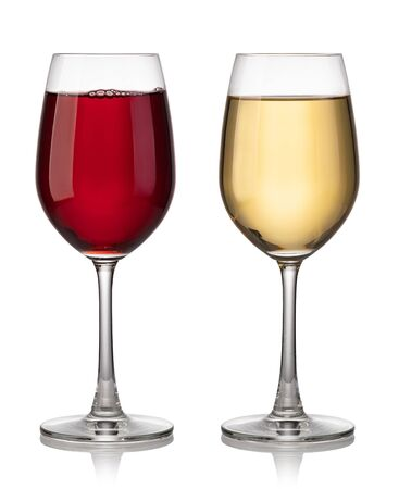 Photo pour Glass of red and white wine on a white background - image libre de droit