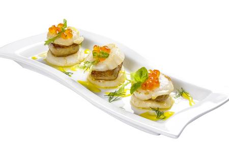 Photo pour Scallop with foie gras - image libre de droit