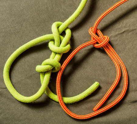 Bowline - Knot with security and without.