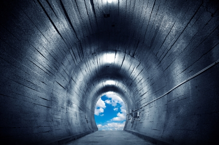 Tunnel towards the sky, and exaggerated expression