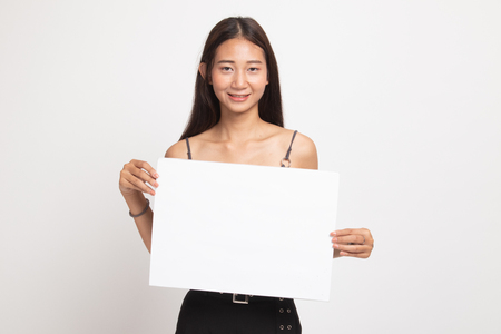 Photo pour Young Asian woman with white blank sign on white background - image libre de droit