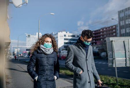 Photo pour Coronavirus in city, prevention and protection concept. - image libre de droit