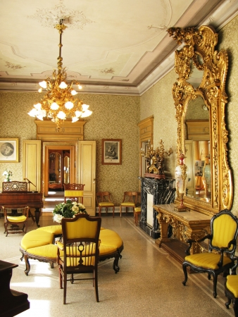 Photo pour Interior of villa Monastero. Lake Como, Italy - image libre de droit
