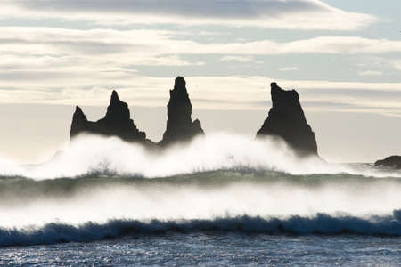 Beautifull wave at Reynisdrangar