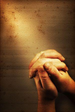 Photo pour Prayers hands and sunbeam on old nostalgic background - image libre de droit