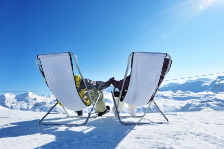 Foto per Couple at mountains in winter, Val-d'Isere, Alps, France - Immagine Royalty Free