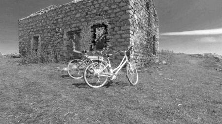 Photo pour Ruins of an old stone building Rue point Rathlin Island Aerial photo Atlantic Ocean Co. Antrim N. Ireland - image libre de droit