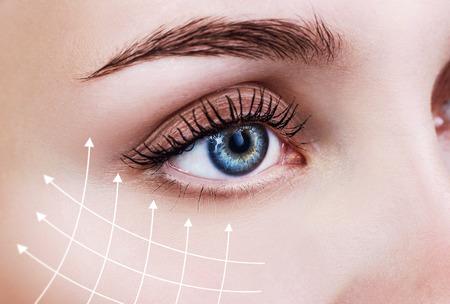 Foto de Graphic lines showing facial lifting effect on skin. - Imagen libre de derechos