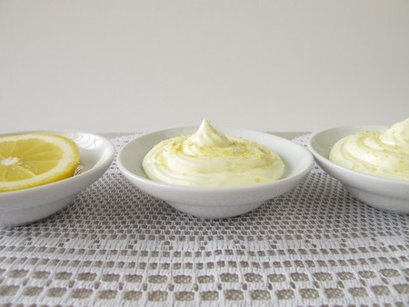 Lemon curd cheese dessert