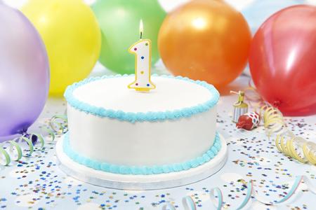Photo pour Cake Celebrating Child's First Birthday - image libre de droit