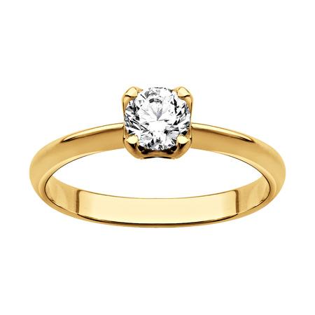 Foto de Ring of gold with diamonds (on white background) - Imagen libre de derechos