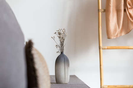 Photo pour dried flower vase decorated at relax corner in room, interior concept - image libre de droit