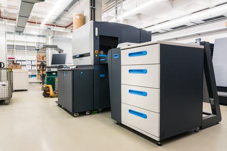 Photo pour New Digital Printer Modern Technology Clean Printing Industry Print CMYK Toner Factory Nobody - image libre de droit