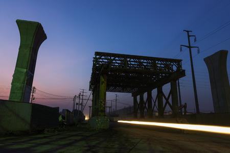Photo pour construction site in the night - image libre de droit